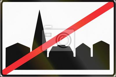 Estnisches Regulierungsschild - Ende der bebauten Fläche