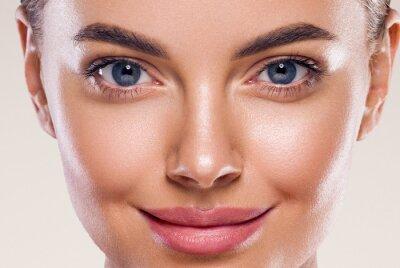 Fototapete Eyes lips nose woman perfect healthy skin macro headshot beauty clean skin