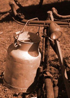 Fototapete Fahrrad des letzten Jahrhunderts verwendet, um die Milch zu transportieren