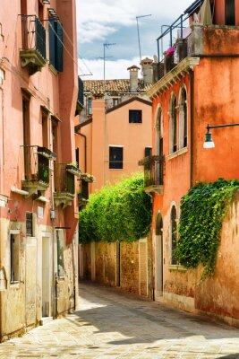 Fototapete Fassaden der alten Häuser auf der Calle Gradisca Cannaregio in Venedig