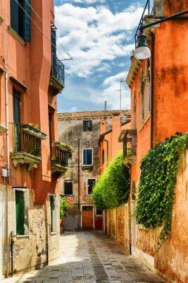 Fototapete Fassaden der alten Häuser auf der Calle Gradisca Cannaregio, Venedig
