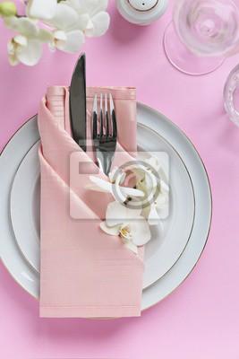 Festliche Gedeck Fur Valentinstag Ostern Muttertag Oder Hochzeit