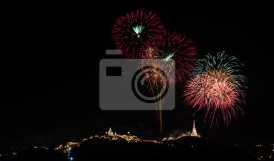 Feuerwerk am Khao Wang Berg, Petchaburi Thailand