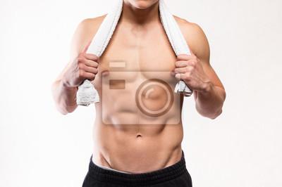 Fitness muskulöser Mann Torso mit Handtuch