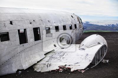 Karte Island Flugzeugwrack.Fototapete Flugzeug Wrack Auf Schwarzem Sandstrand Island