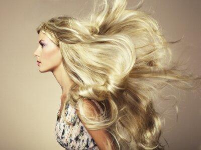 Fototapete Foto der schönen Frau mit herrlichem Haar