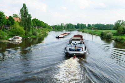 Fototapete Frachtschiffe auf der Weser bei Nienburg