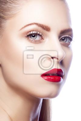 Frau Gesicht Red Lip Make Up Blonde Haare Stil Saubere Haut