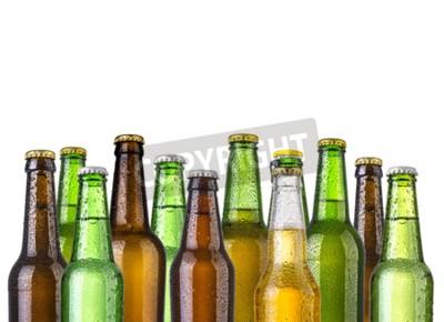 Fototapete Frosty Flaschen Bier auf einem weißen Hintergrund isoliert
