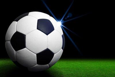 Fototapete Fußball auf grünem Stadion