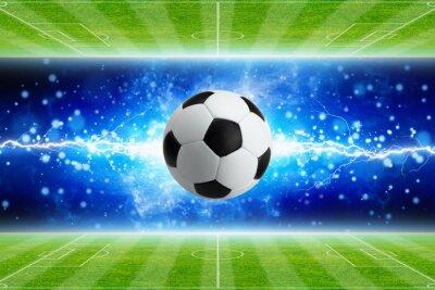 Fußball, starker heller blauer Blitz, grüne Fußballfelder