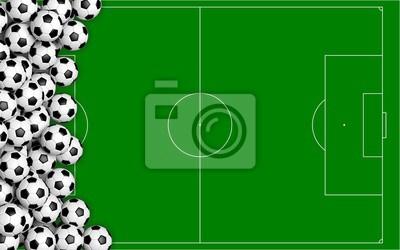 Fußballbälle auf grünem Gerichtshintergrund. 3D-Darstellung