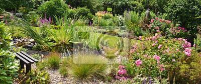 Gartenanlage mit teich fototapete • fototapeten Gartenpflege ...