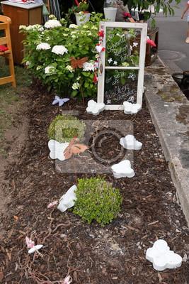 Gartendekoration Fototapete Fototapeten Gartenarbeit Flugel