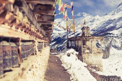 Fototapete Gebet Räder in hohen Himalaya-Gebirge, Nepal Dorf, Tourismus Reiseziel
