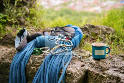 Klettergurt Seil Karabiner : Gebrauchte ausrüstung zum klettern wo die seil karabiner und