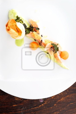Gehobene Küche   Gehobene Kuche Rosa Lachsfilet Mit Kaviar Und Gemuse Fototapete