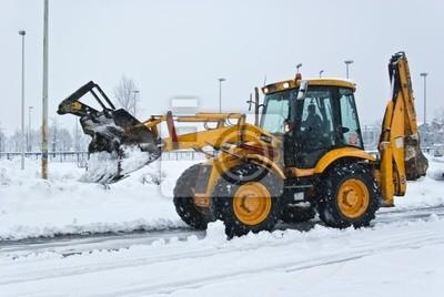 gelb Schneepflug Reinigung einer Straße
