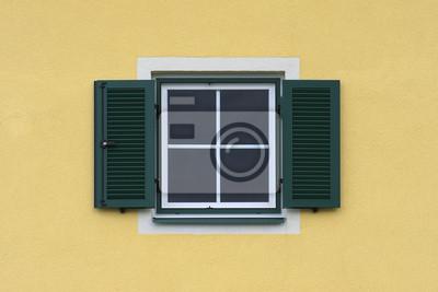 Fototapete Gelbe Fassade Mit Fenster Und Grunen Fensterladen
