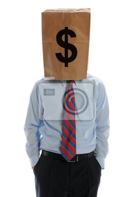 Geschäftsmann trägt eine Papiertüte auf dem Kopf