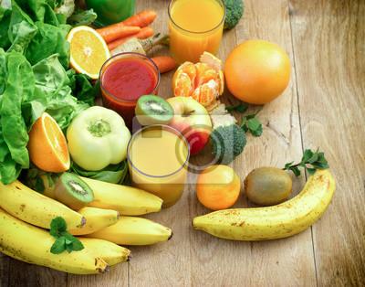 9092251eec Fototapete Gesundes Essen - Bio-Obst und Gemüse wie Zutaten von gesunden  Getränken - Getränke