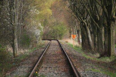 Gleis mit orange Zahl ein Zeichen