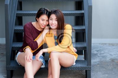 Asiatische lesbische Paare sexy schwarze Hintern