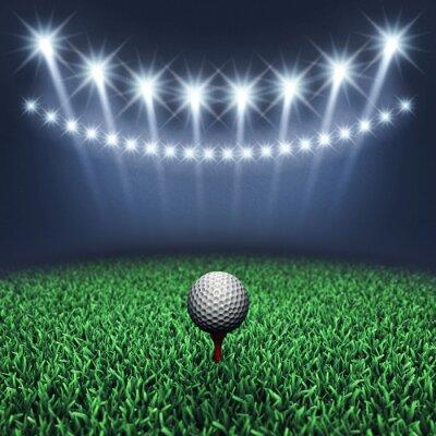Fototapete Golfball auf Gras und Scheinwerfer, Golf-Turnier, Golfplatz