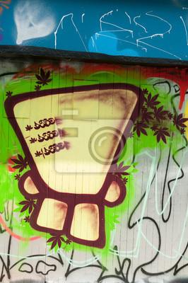 Graffiti person jaune