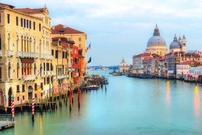 Fototapete Großartiger Kanal und Basilika Santa Maria della Salute, Venedig, Italien