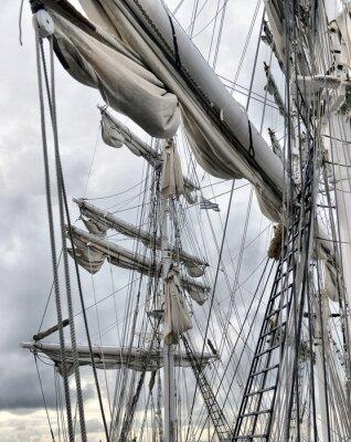 Fototapete Hafenkran von alten Segelschiff