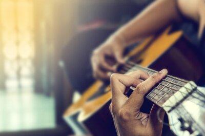 Fototapete Hand des Menschen in der klassischen Gitarre