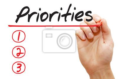 Hand writing Prioritätenliste mit roten Marker, Business-Konzept