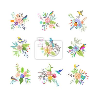 Handgezeichnete Vintage Blumenelemente. Set von Blumen mit Vögeln.