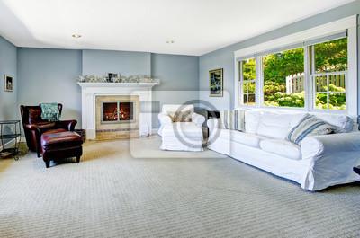 Hellblau Wohnzimmer Mit Weissen Sofa Und Kamin Fototapete