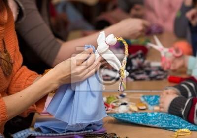 Herstellung von Puppen Vesnyanka