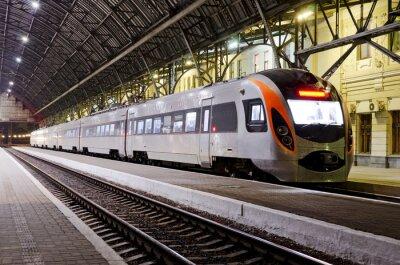 Fototapete High-Speed-Zug im Bahnhof