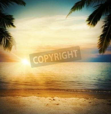 Fototapete Hintergrund eines tropischen Strandes bei Sonnenuntergang