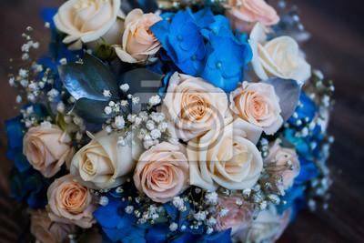 Hochzeit Blumen Bouquet Von Rosa Rosen Und Blauen Blumen Rosen