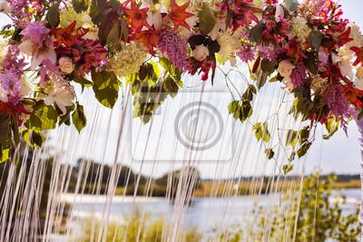Hochzeit Bogen Von Weiss Rot Gelb Lila Blaue Blumen