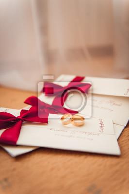Hochzeit Ringe Auf Einladung Mit Einem Roten Band Fototapete