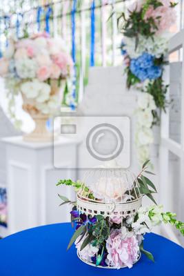 Hochzeitsdekoration Mit Blumen Und Tuch Fototapete Fototapeten