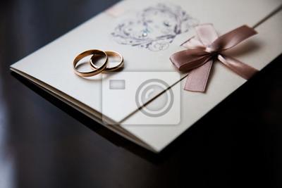 Hochzeitsringe Auf Der Einladungskarte Fototapete Fototapeten