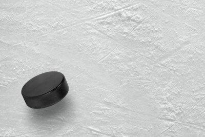 Fototapete Hockey-Puck auf dem Eis