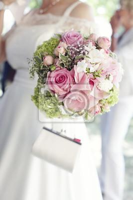 Hubsche Rosa Rosen Im Brautstrauss Fototapete Fototapeten Geldborse