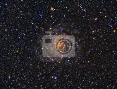 IIC342 Spiralgalaxie mit einem Teleskop und einer wissenschaftlichen CCD-Kamera