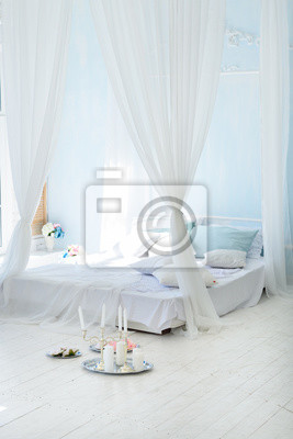 Innenraum weißes schlafzimmer mit baldachin fototapete • fototapeten ...