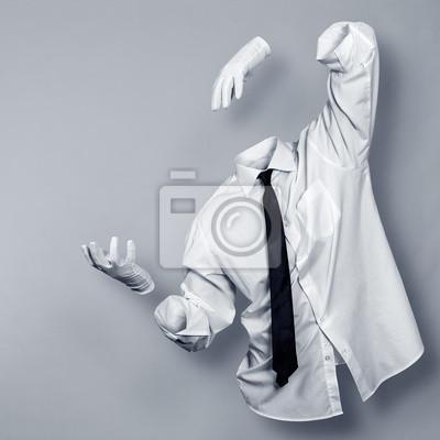 Invisible Man in ein Hemd und Handschuhe