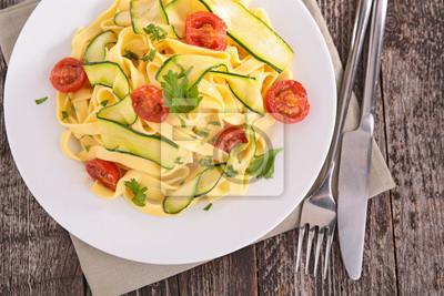 Italienische Pasta Tagliatelle Mit Gemüse Gekocht Fototapete