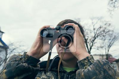 Jäger mit fernglas fototapete u2022 fototapeten jäger fernglas